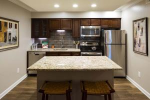 Dunwoody Ridge Interiors 120