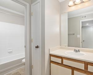 A1 Classic Bathroom